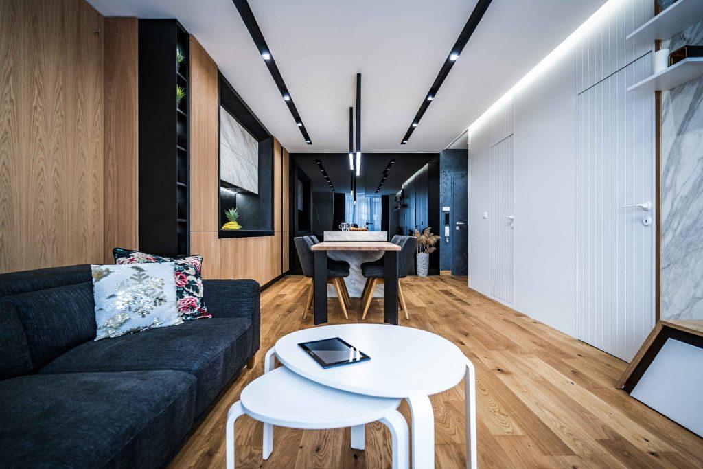 1. Living Room (10)