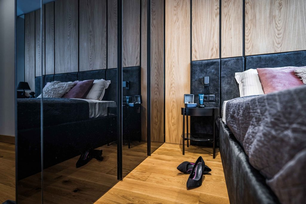 2. Bedroom (1)